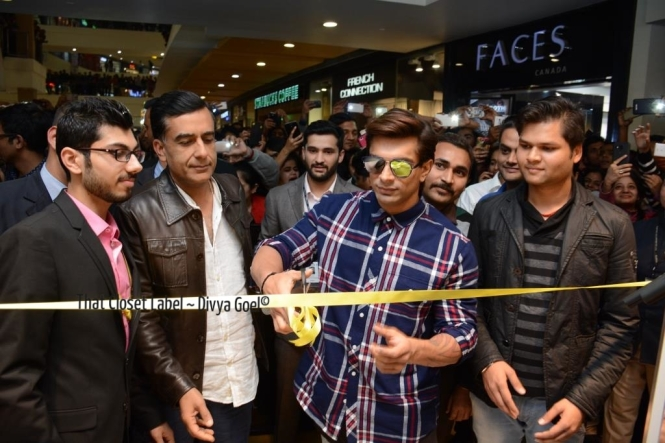 Karan Singh Grover Inaugurated the Forever 21 Store